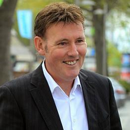 Paul Lonsdale